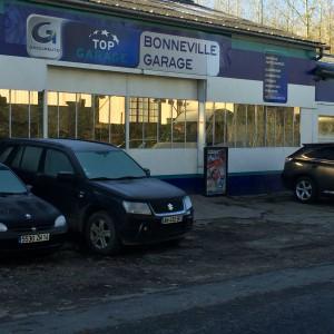 Bonneville garage